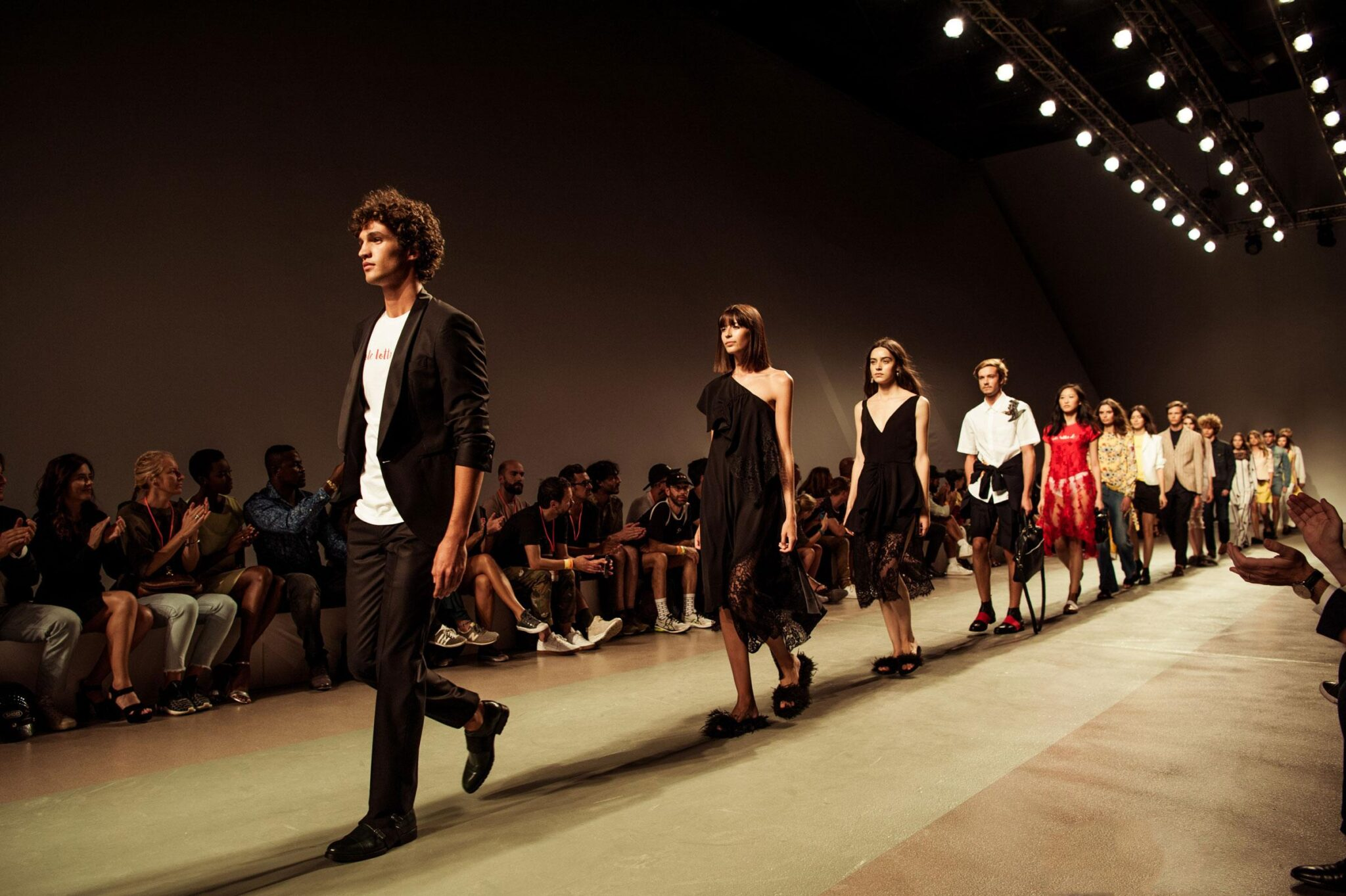 Прессъобщение за моден бранд
